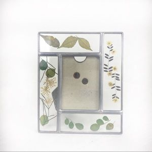 Other - Pressed Wildflowers Boho Picture Frame
